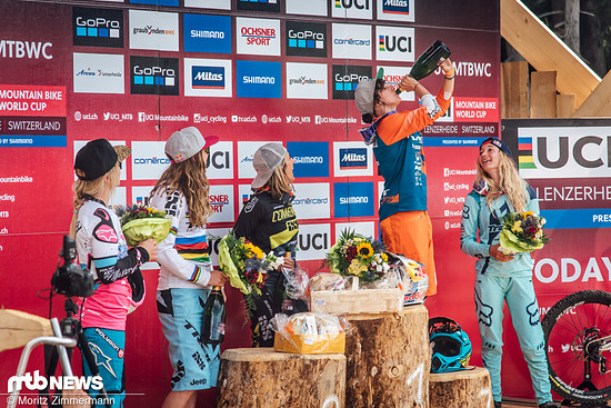 … und auch die Freude über den dritten Platz der Schweizerin Emilie Siegenthaler ist gigantisch!
