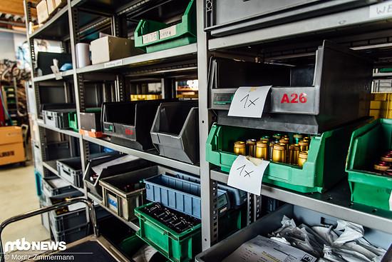 Zweimal pro Woche werden die frisch polierten Tune-Produkte abgeholt und in die benachbarte Schweiz gebracht, um dort in einer der typischen Tune-Farben eloxiert zu werden
