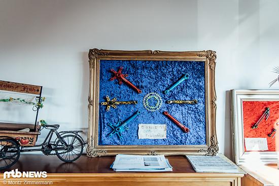 Außerdem zieren ehemalige Eurobike-Exponate das Büro des Firmengründers …