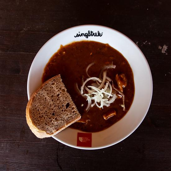 Kulinarisch ließ man sich landestypisch verwöhnen.