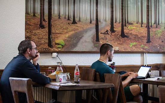 Die deutschen Mountainbike Verbände (Heiko Mittelstädt, Deutsche Initiative Mountain Bike und Nico Graaff, Mountainbike Tourismusforum Deutschland) informierten sich vor Ort zum gesundheitlichen, ökologischen und ökonomischen Potenzial des Mountainbi