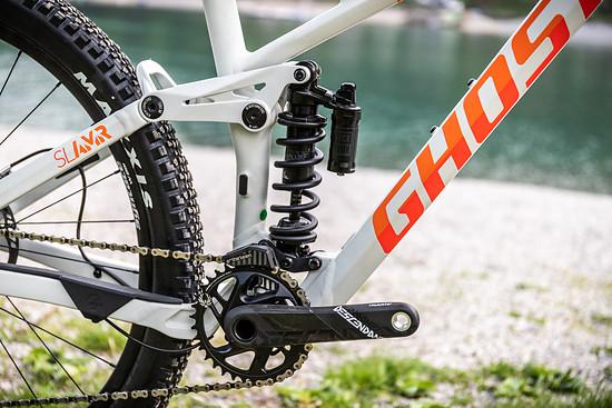 Ein Trail-Bike mit Stahlfederdämpfer? Ghost hat hier eine eigene Philosophie und stellt Performance über Gewicht