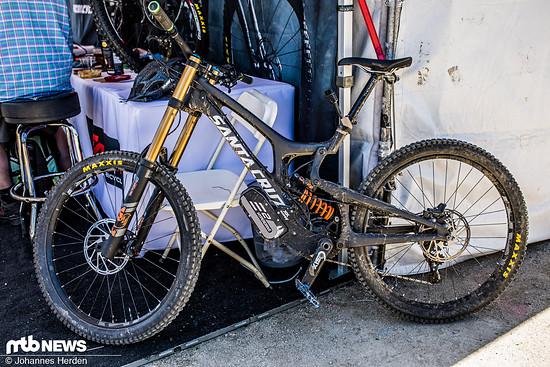 Santa Cruz V10 mit Hyperdrive
