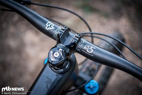 Obwohl das Radon Jab 10.0 das günstigste Bike in unserem Vergleichstest ist kann sich die Ausstattung insgesamt mehr als sehen lassen.