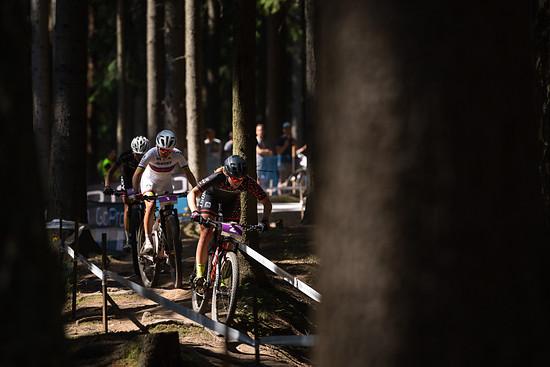 Von Beginn an dominierten Sina Frei und Malene Degn das Rennen der weiblichen U23-Kategorie