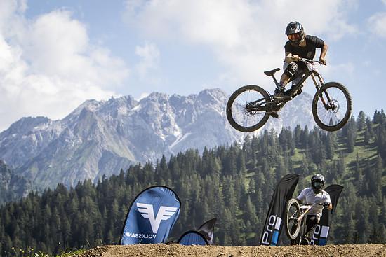 LosHackos - Whip-offs at Brand Bikefestival