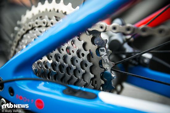Ausgestattet ist das Rad von Eva Lechner und Co. noch mit Shimanos alter XTR