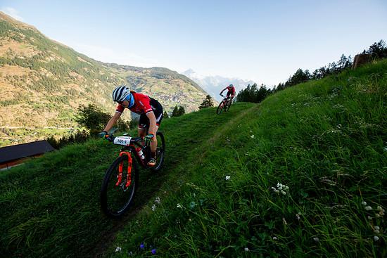Die Siegerinnen der ersten Etappe, Alessandra Keller und Kathrin Stirnemann blieben auch nicht verschont: Ein Defekt und ein Einbruch bei Stirnemann am Ende der Etappe sorgten für einen beträchtlichen Rückstand auf die Siegerinnen