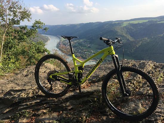 Propain Hugene überm Donautal