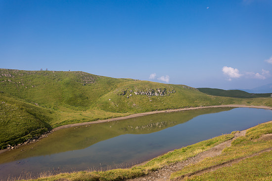 Zum Teil wird die Strecke direkt auf dem Bergkamm entlang führen