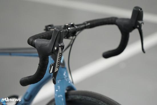 Am Ende ist es der Rennrad-Lenker, der die Grenze zum ungefederten XC-Hardtail zieht