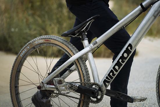 Auch der Radsatz von der Firma Halo Wheels kommt aus England