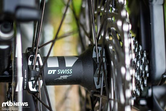 Der DT Swiss XM1501 Spline 1-Laufradsatz sieht nicht nur schick aus, sondern ist im Auslieferungszustand bereits tubeless ready