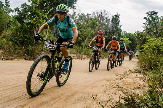 Ein spanisches Team spuckte in der Damenkategorie den einheimischen Fahrerinnen in die Suppe - Sandra Santanyes und Anna Ramirez sicherten sich nach sieben Tagen den Gesamtsieg
