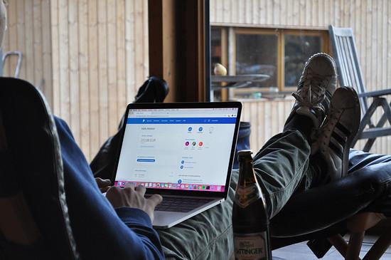 Paypal sichert Käufer und Verkäufer ab.
