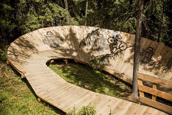 Sölden ist nicht nur das bekannte Skigebiet, die Region hat auch ihr Sommerangebot für Biker enorm ausgebaut