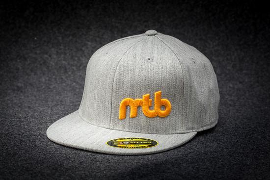 Wie im letzten Jahr sind wir mit drei exklusiven MTB-News Caps dabei – Wert: 60 €