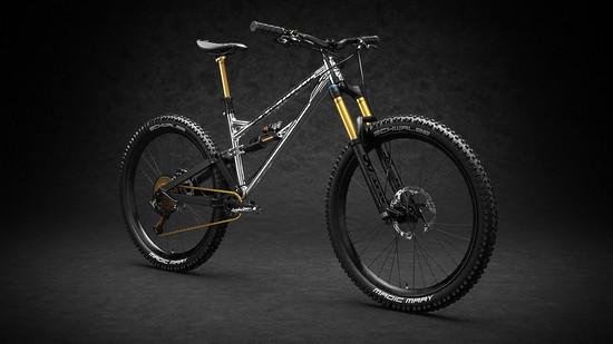 Das Bike kann mit 29%22 oder 27,5+ Laufrädern gefahren werden