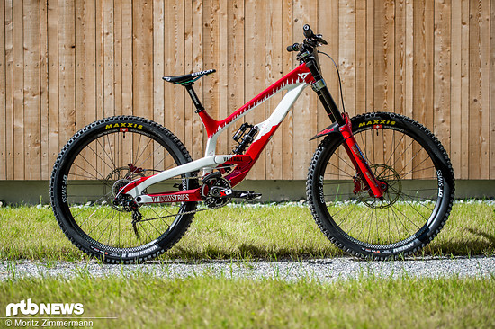 2307557-6m9bm5zey2ye-worlds bikes yt vali hoell 6661-original