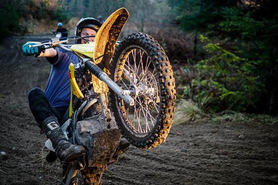 Ferg ist der amtierende Schottische Enduro Champion und zwar auf dem Motorrad und nicht auf dem Bike.