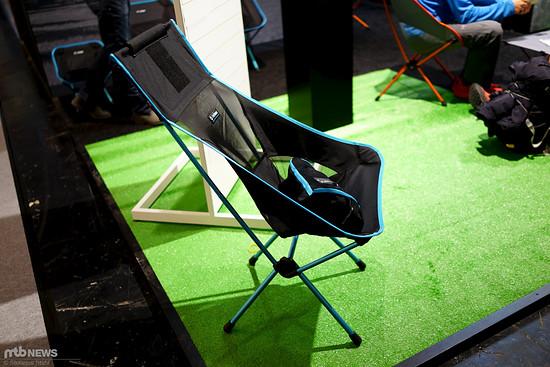 Helinox bietet wirklich leichte Trekkingstühle und Tische an