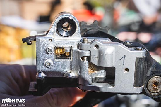 Im Prototypen erkennt man das Innenleben – hier arbeitet der Motor.