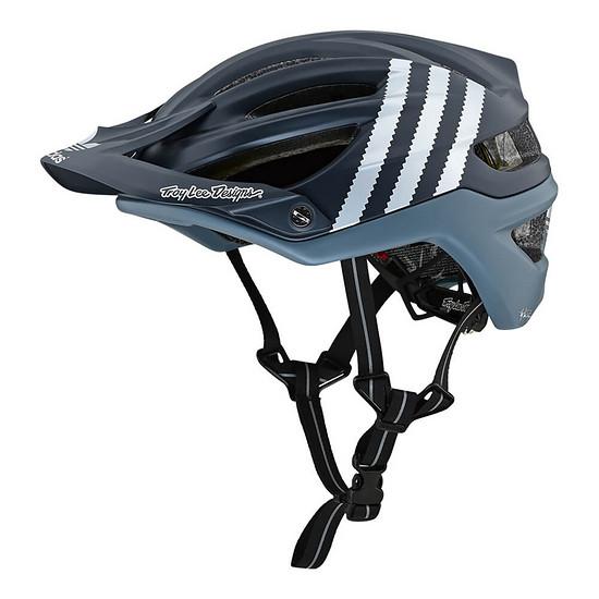 Der Troy Lee Designs A2-Helm kommt für das Modelljahr 2019 auch in einem schicken Adidas-Design.