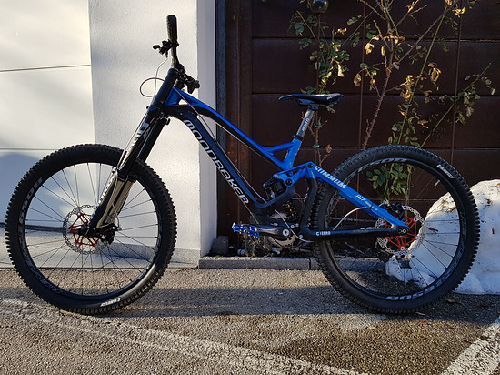 2015er Mondraker Summum Carbon pro Team by RTF Bikeparts