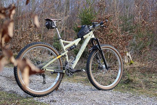 "Salsa Deadwood SUS 29 plus - ""Wüstenschiff""/Bikepackingfully"