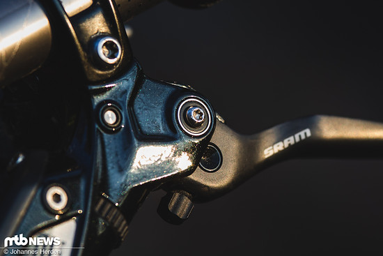 Exklusiv für die SRAM G2 Ultimate: Industriegelagerte Hebel