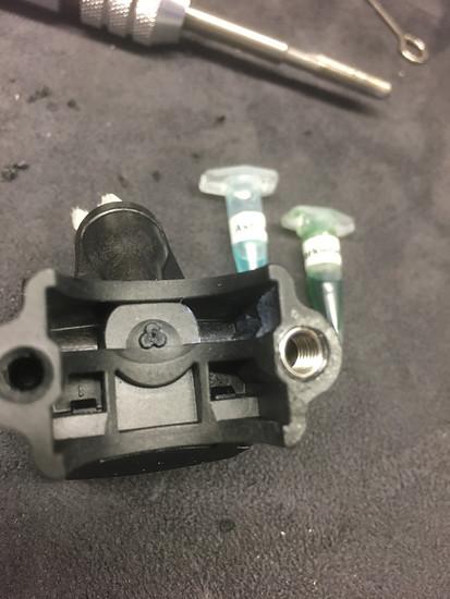 MT 7 Geber, repariert mit helicoil Inset M5 x 0,8 Normgewinde