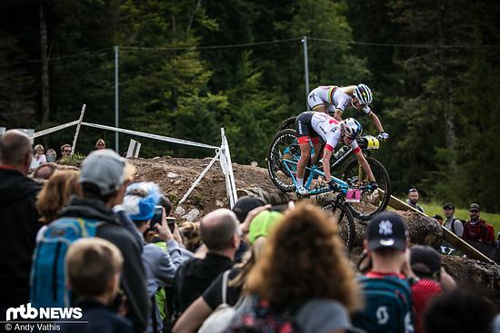 Die Weltcupsaison 2018 war bei den Damen so spannend wie nie zuvor. Viele Fahrerinnen sind in der Lage um den Sieg mitzufahren, die Leistungsdichte dementsprechend hoch