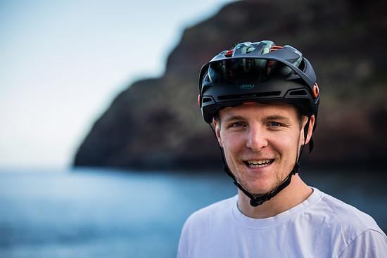 Christian Textor hält in Madeira die Fahne hoch