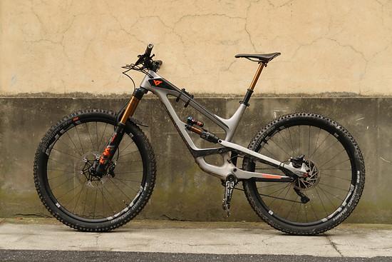 Capra 29 mit leichten Reifen