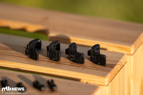 Durch die verschieden dicken Kunststoffeinsätze aus dem 3D-Drucker lässt sich die Halterung an verschiedene Lenkerdurchmesser anpassen