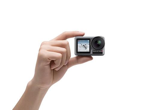 Die spannendste Neuheit neben eindrucksvollen Spezifikationen: Das Front-Display für Selfie-Aktionen oder einfachere Kamera-Ausrichtung