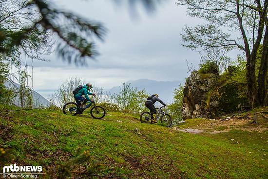 Der Navene Nr. 6 ist ein spaßiger abwechslungsreicher Trail, der immer wieder Einblicke auf den Gardasee gewährt