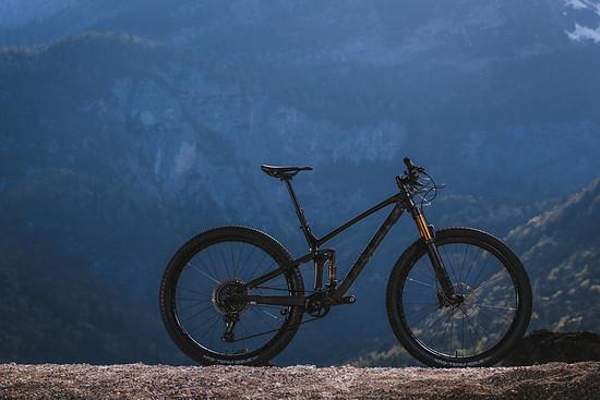 Das Trek Top Fuel wurde gründlich überarbeitet und soll nun mit einem breiteren Einsatzbereich und besseren Downhill-Qualitäten auftrumpfen