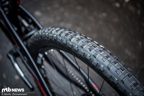 Maxxis Minion DHR-Reifen sorgen für einen gelungenen Mix aus Grip, Pannensicherheit und Rollwiderstand.