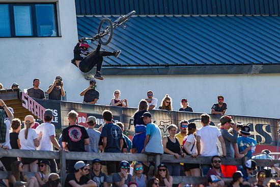 Cworx Innsbruck 9686 FBritton Slopestyle Rheeder (2)