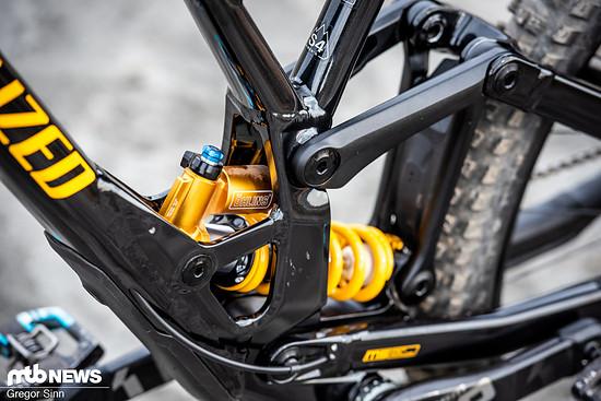 Das Specialized Demo Race 29 ist mit einem Öhlins TTX-Stahlfederdämpfer ausgestattet