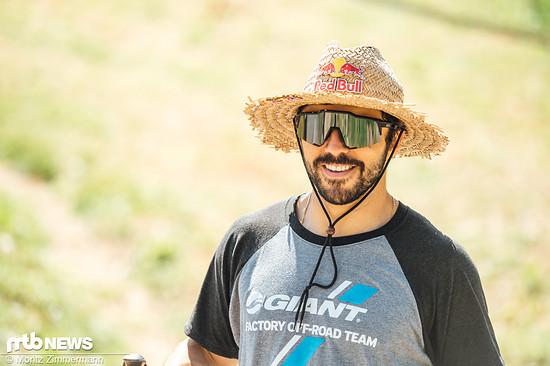 Der Preis für den allerallerallerschönsten Hut des Tages geht mit sehr großem Abstand an den Kolumbianer Marcelo Hutierrez.