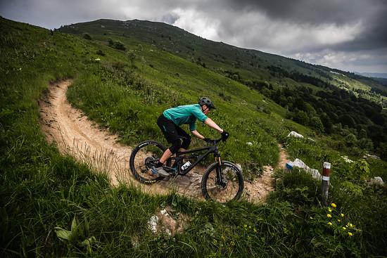 RBell Slovenia SB165 RidingShots HiRes 070