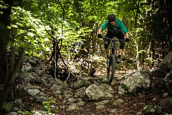 RBell Slovenia SB165 RidingShots LoRes 075