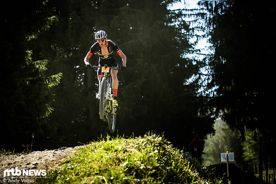 Max Brandl fuhr oft wenige Sekunden hinter der Spitze hinterher, konnte dann aber im letzten Renndrittel nochmals zulegen