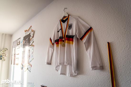 In vier Jahren MTB-Racing haben sich einige Startnummern und auch ein deutscher Meisterschafts-Titel angesammelt.