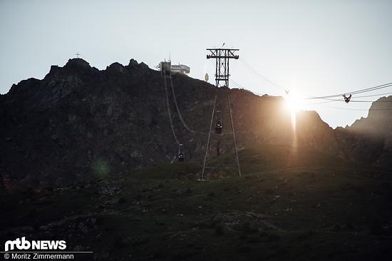 Die Strecke startet auf gut 1.900 Metern Höhe an der Mittelstation