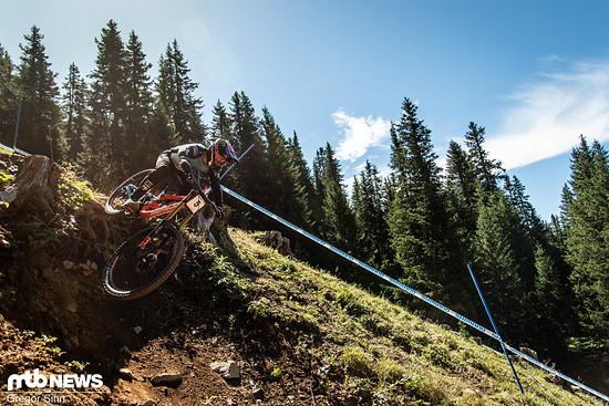 Mit dem (schnellen) Bergab-Radsport kennt sich Danny Hart ziemlich gut aus. Vor gut drei Jahren startete der Brite hier seine imposante Siegesserie im World Cup