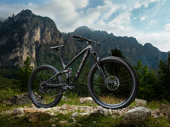 Fuel EX 8 Matte Dnister-Gloss Trek Black