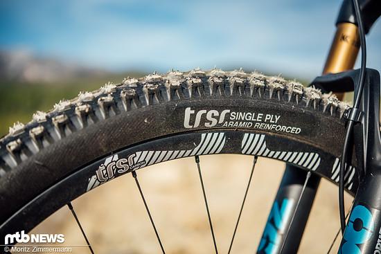 Nicht nur im Antrieb, auch bei Laufrädern und Reifen setzt man bei YT auf e*thirteen-Komponenten.